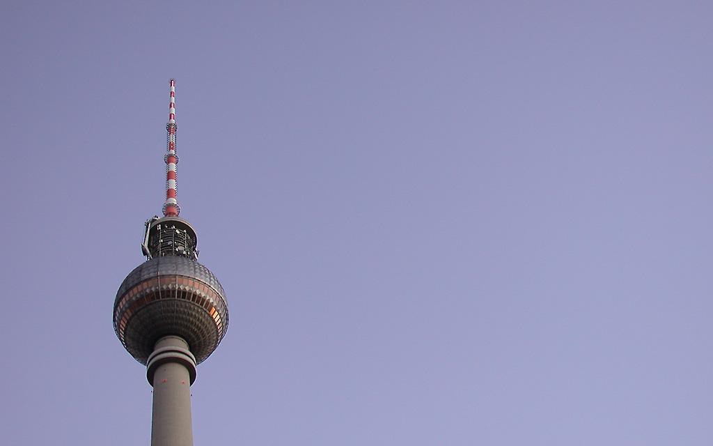 Berlin Fernsehturm Desktop Wallpaper